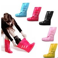 beautiful boot - Style new women beautiful rain boots Bearcat candy colored jelly antiskid overshoes are convenient to carry out work
