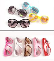 Wholesale 2015 New Fashionable Sunglasses Classical Goggles Lenses Frame For Kids Children Colors Available