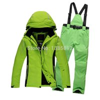 Wholesale new snowboard suit women and men snow suit skiwear sportswear one set jacket and pants high quality
