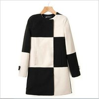 Wholesale European Style Womens Winter Coats Long Wool Blends Coats for Women Black and White Plaid Color Coats for Lady G5