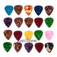 Wholesale 20pcs mm Useful Plectrums Vintage Celluloid Nitrate Guitar Picks Random Color
