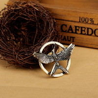 Unisex mockingjay - The Hunger Games high grade brooch Inspired Mockingjay Arrow brooch Authentic Prop imitation Jewelry Katniss Movie Hunger Games