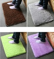 Wholesale New Popular Plush Velvet Slip Mats Desginer Candy Color Dust Doormat Soft Absorbent Bathroom Warm Floor Washable Mats