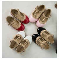 b tape - Spring Girls Leather Shoes Autumn Child Girl PU Glitter Rivet Princess Magic Tape Soft Sole Flats White Black Pink Red K020