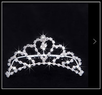 crowns - Cheap Summer Style Wedding Crown Sparkle Crystal Bridal Tiaras Hair Accessories In Stock Bride Crowns QM