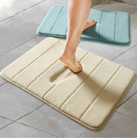 Wholesale Hot Sale Memory Foam Water absorbing Skidproof Soft Stripe Bath Tub Floor Rugs Mats Carpets