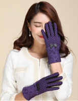 Wholesale new arrival women fashion winter inverted cashmere dots gloves designer brands touch bow gloves ST for women