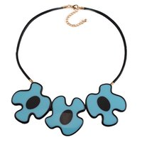 Wholesale European and American fashion geometric statement necklace with irregular shape sweater chain wild fashion accessories for women and girls