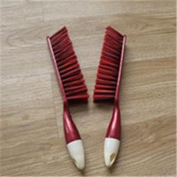 Wholesale 2pcs Household useful tools Plastic dust brushes use to clean desk sofa ground mat etc