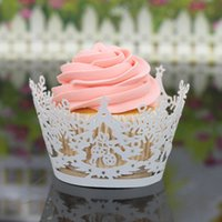 Wholesale 200PCS Laser Cut Cupcake Wrap Christmas Tree Snowflake Hollow out Paper Cake Wrappers Muffin Wrap Wedding Christmas Party Decorations New