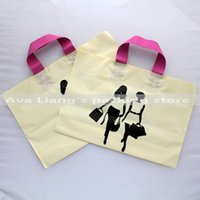 Wholesale 40 cm women print High qualiy large market shopping carry bags plastic matte bags plastic grocery carry bags with handle