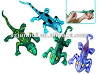 Wholesale 2016 stretchy lizard toys Novelty Gag Toys FreeShipping