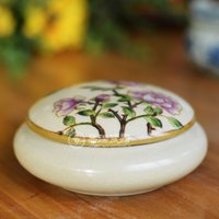 Wholesale Luxury hand painted Round Ceramic Jewelry box floral birds pattern bangle holder For Women Hand drawing Ceramic Box
