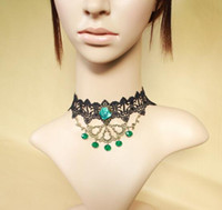 antique lace collar - New Noble Designer Green Crystal Chokers Lace Antique Statement Luxury Necklace Jewelry Collar Wedding Bridal Necklaces For Women Girls