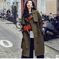 Wholesale European High end Autumn New Fashion Street Fashion Shoot Loose Green Coat Female Code Q