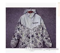 Wholesale Mens Sport Skateboard Brand Suprem M Reflect Light Outdoor Camouflage Jackets Coats Men Women Camo Floral Jacket Windbreaker
