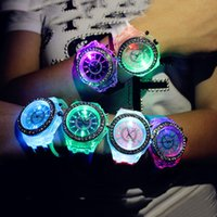 Wholesale 2016 New Fashion Silicone Diamond Watch For Lovers LED Luminous Lights Women Men Quartz Wristwatches Relogio Masculino Feminino