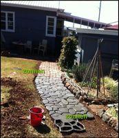 Wholesale New cm irregular garden paving brick mold DIY in plastic mould Walk Maker Personality floor tile