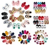 Wholesale 0 year bow tassel fringe moccasins baby girl toddler shoes Neonatal soft bottom boy indoor lazy casual shoes stumble prewalker