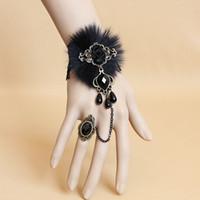 achat en gros de montrent perles-Perles de résine de dentelle noire Rose Bracelet de fleur Ring Set Fête Show Chaîne de main Fancy Dress Mignon Lolita Hand Decor Charm Bracelets