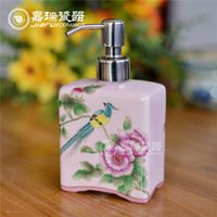 Wholesale Excellent quality of liquid soap dispenser Porcelain Material hotel soap dispenser Hand Painted Ceramic Foam soap Dispenser
