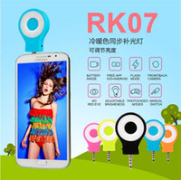 Wholesale RK07 Smart Phone Camera LED Flash Selfie Sync Enhancing LED Light Support For iPhone s Galaxy S5 S6 Edge Multiple Photography