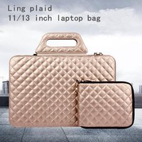 Wholesale The new factory direct small fragrant lozenge woman computer bag trend all match lozenge man portable computer cluster bag ladies mother bag