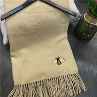 airs bee - 2016 Women Winter Embroidery Small Bee Scarves Woman Autumn Scarf High Grade Air Conditioning Pashmina Shawls Pareo Echarpe