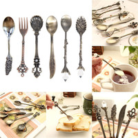 Cheap 6PCS Set Vintage Royal Style Metal Carved Mini Coffee Spoons and Fork Kitchen Accessories fruit prikkers dessert fork order<$18no track