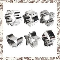 Wholesale Six pieces of biscuit mould small cake mould stainless steel lovely cartoon model oven with baking tool160630