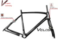 Wholesale 950 gram new model super light carbon racing frameset C road bike carbon frameset with carbon fork
