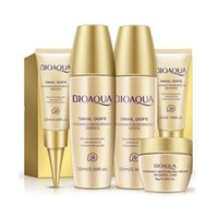 Wholesale BIOAQUA Snail Dope Moisturizing Whitening Skin Care Set Relieve Skin Comp Travel Pack Face Cream BB Cream Facials Beauty