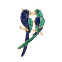 accessories for birds - 2016 Vintage New Fashion Dual Bird Parrot Brooches Hot Selling Cute Animal Expoyed EnamelAll Brooches Pin For Women Costume Accessories