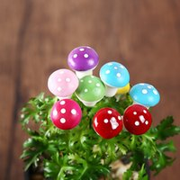 Wholesale 200pcs artificial colorful mini Mushroom fairy garden miniatures gnome moss terrarium decor resin crafts bonsai home decor