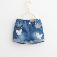 Wholesale Everweekend Children Girls Elasitc Waist Lace Butterfly Denim Shorts with Pockets Hot Shorts Jeans