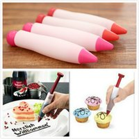 Wholesale Pastry Cream Chocolate Decorating Syringe Silicone Plate Paint Pen Cake Cookie hot Selling