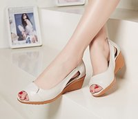 Wholesale Fashion Spring and Autumn Footwear Ladies Sandal Shoes Middle Heel