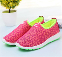 beijing red - 2016 Spring and summer The New WTA shoes Old Beijing cloth shoes Breathable Hollow Leisure mesh shoes flat Couple models