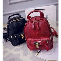 Wholesale The new spring and summer backpack fashion retro crocodile handbag Backpack School Bag platinum package wind