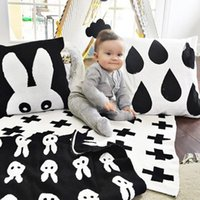 Wholesale Knitted Baby Blanket Black White Bedding Quilt Swaddle Rabbit Cross Maillot Child Bath Towel Play Mat Set Mantas For Newborns