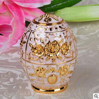Wholesale Automatic Painted Eggshell Toothpick holder Fahion European Style Cheap Creative Copper
