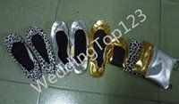 b roll material - Night clubs shoe Promotional Ballerina Shoes Flat Ballets Slippers Foldable Shoes With Pouch Bag Roll Up Shoes On Wedding Gifts Pu Material