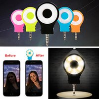 Wholesale LED Selfie Flash Light Enhancing Camera Fill in Night Light for iPhone Android Smartphones Portable Mini LED Selfie Light