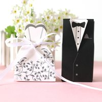 Wholesale 100pcs Wedding Candy Box Bride And Groom Candy Bag Wedding Favor Box Gift Boxes White Black Paper Gift Box