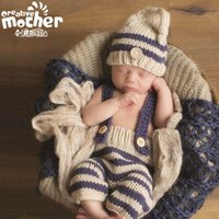 Wholesale Hot Selling newborn s infants clothing photography hand knit photographing hat pants set stripes style for all season baby photography props