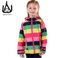Wholesale 2016 Fashion Rainbow Striped Sports Windproof Jacket For Girls Softshell Jacket Kids Outdoor Windproof Fleece Jacket Camping