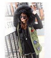 Wholesale New Women Winter Parka Bigger Fur Collar Vest Women Jacket Thick Faux Fur Ladies Coats Women Basic Coats Army Green F001