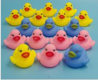 Wholesale 2016 new Manufacturers selling baby bath evade glue toys Rhubarb duck trichromatic duck to small animals