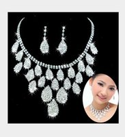 beautiful indian wedding dresses - Hot seller Beautiful Bridal Wedding Jewelry Necklace Sets Rhinestone Earrings Necklace piece Sets Wedding Dress Accessories