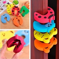 Wholesale 10pcs Cute Animal Shape gate card Colorful Baby Helper Door Stop Finger Pinch Guard Lock Toy Safety Guard For Children Safety Gates
